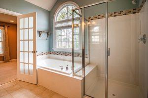 egyedi üveg zuhanykabin - Hódos Díszüveg